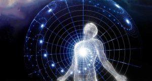 Con người là vũ trụ thu nhỏ